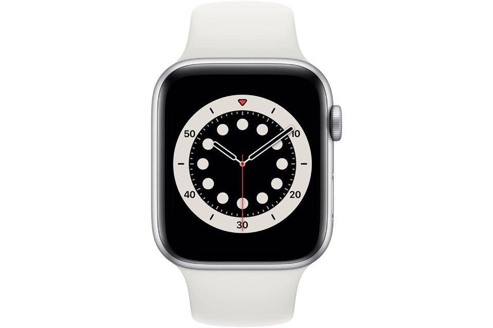 ساعت هوشمند اپل واچ سری ۶ آلومینیوم نقره ای با بند اسپرت سیلیکونی سفید ۴۴ میلی متر